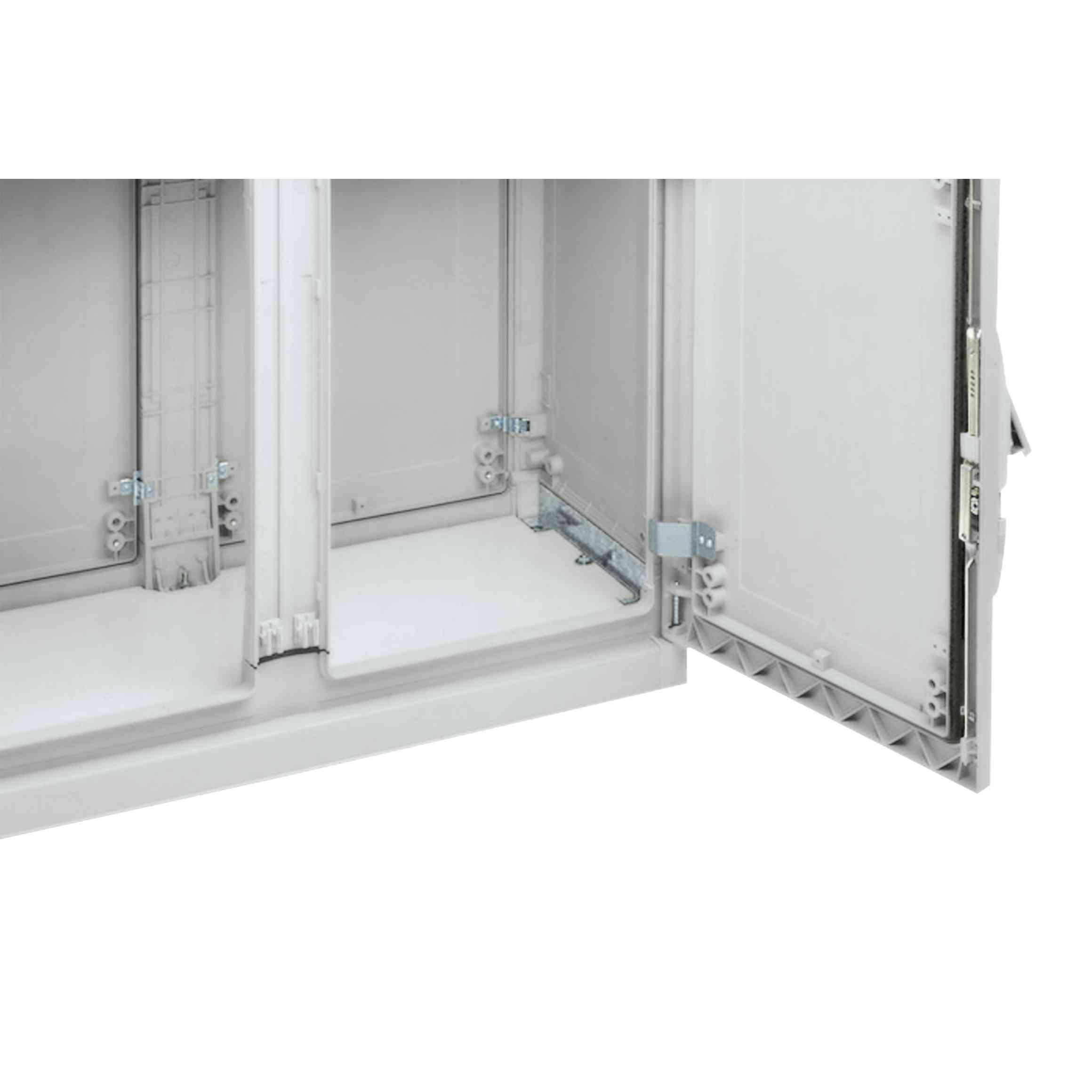Poliestrska vhodna plošča za kabel za različico PLAZ ali PLAZT Š 1250 x G 420 mm